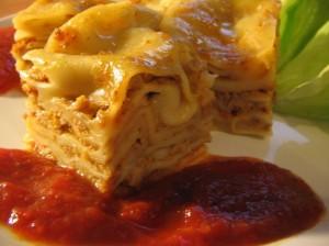 lasagna cu sos ragu si bechamel
