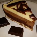 tort de ciocolata bicolor